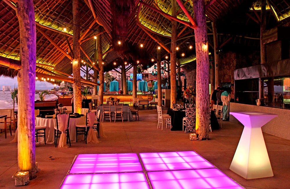 Weddings Dinner - Almar Resort Luxury LGBT Beach Front Experience