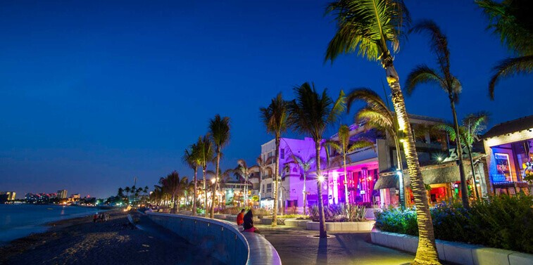 GAY NIGHTLIFE IN PUERTO VALLARTA