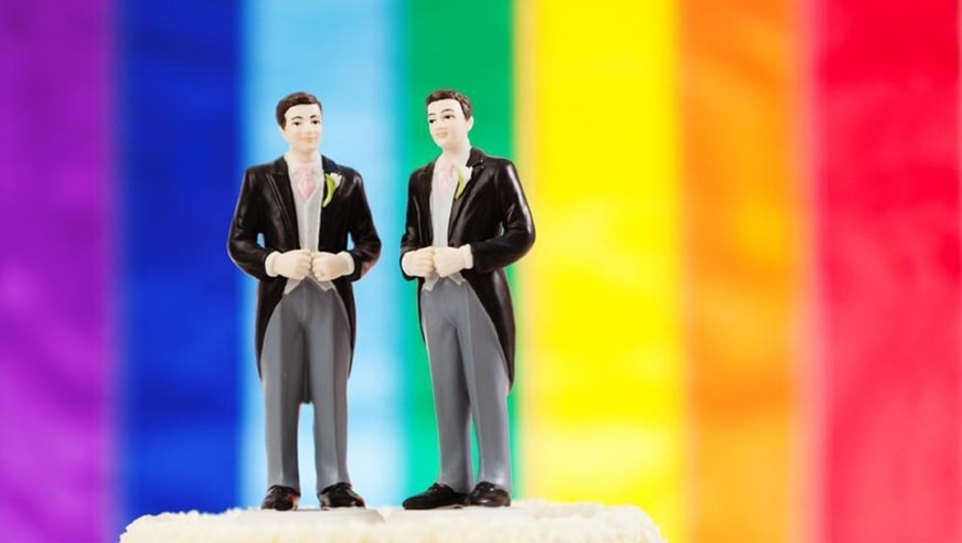 What should not be missing in a gay wedding?